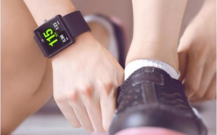 Daftar Smartwatch Terbaik Dengan Harga Mulai 100 Ribuan