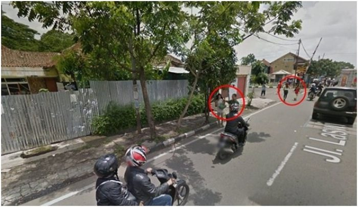 Foto Lucu Google Street View razia Waria